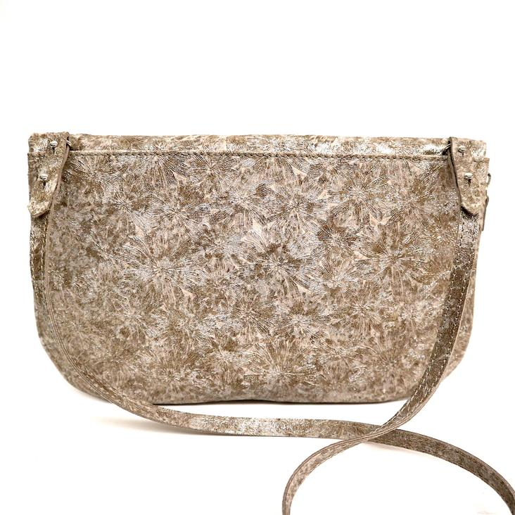 Griesbach – Couture Clutch in champagner farbenem Rauleder in Metallic-Optik - 1