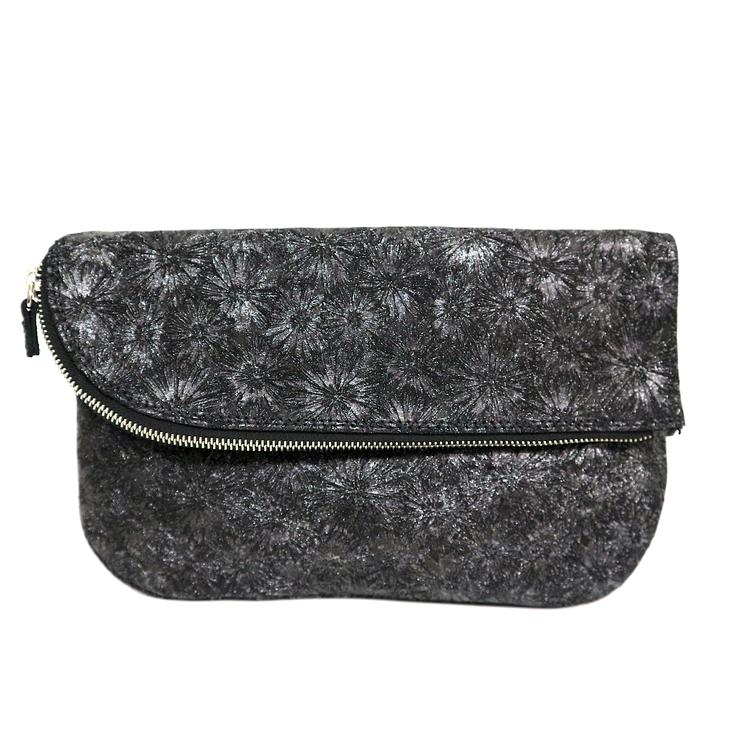 Griesbach – Couture Clutch in schwarzem Rauleder in Metallic-Optik