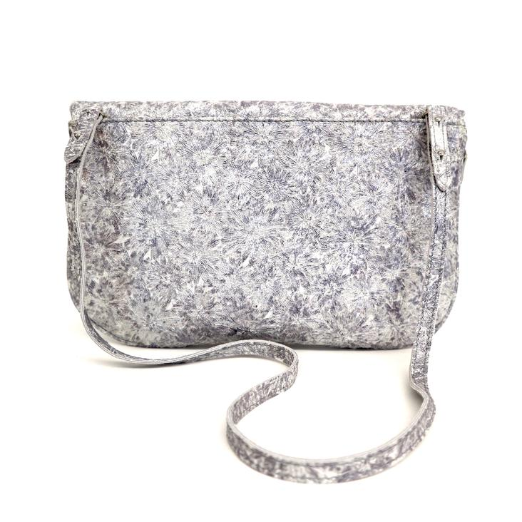 Griesbach – Couture Clutch in silberweissem Rauleder in Metallic-Optik - 1